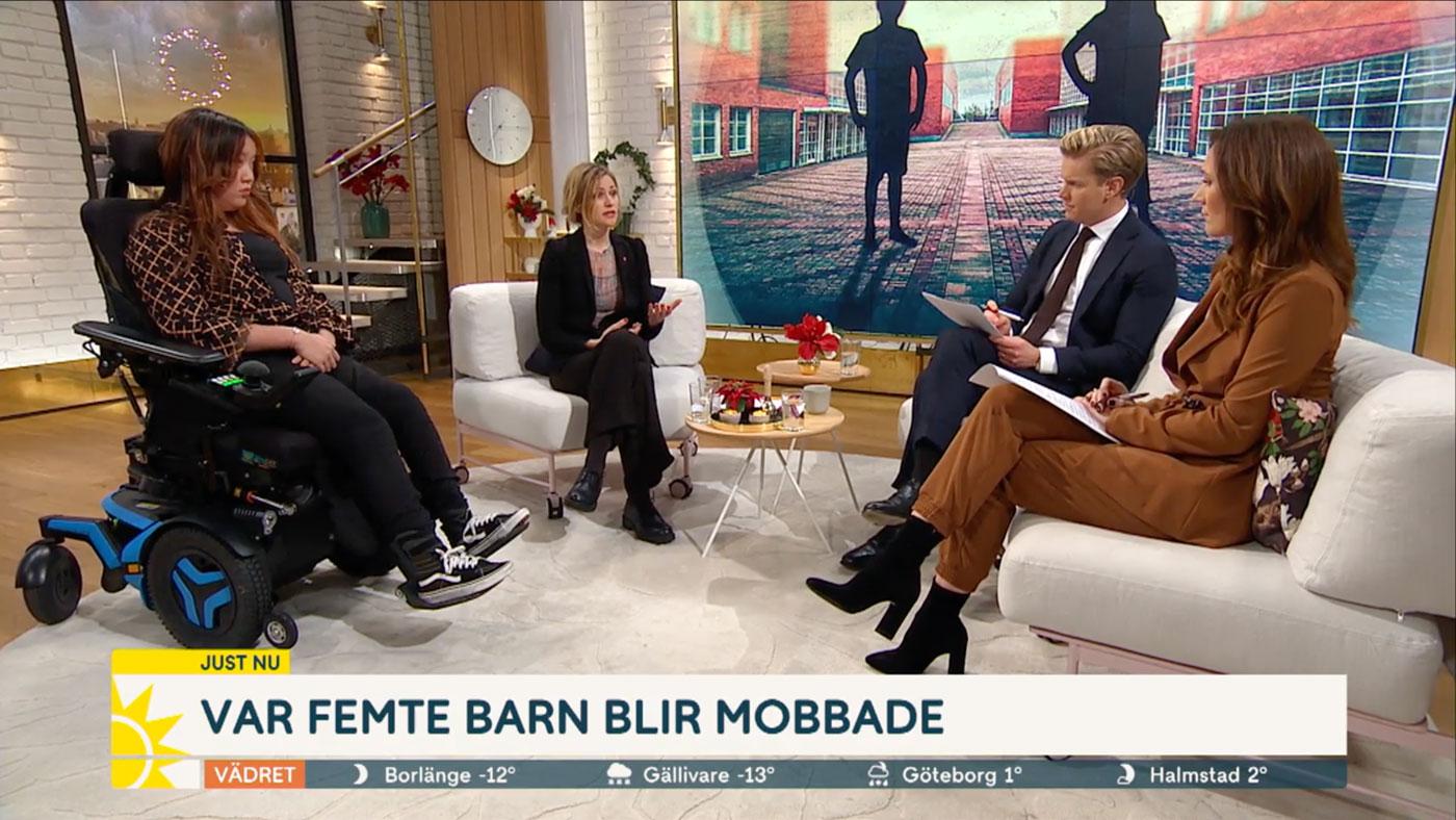 Maja Frankel och Nadine Hultman, Friends Barn- och ungdomsråd, i Nyhetsmorgon om den ökande mobbningen